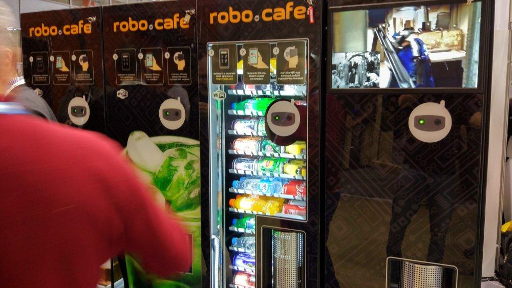 robocafe2.jpg