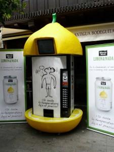 Испанский автомат по продаже лимонада