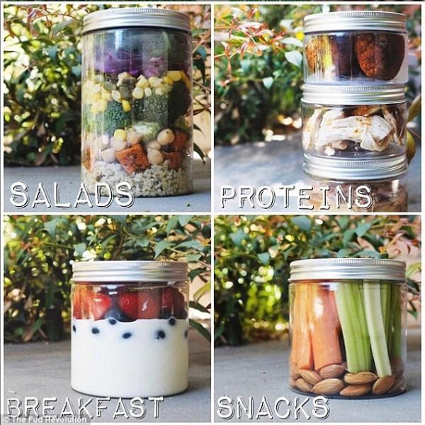 Салат стоит 10 австралийских долларов, каждый день свежие салаты укупориваются в герметичные перерабатываемые баночки