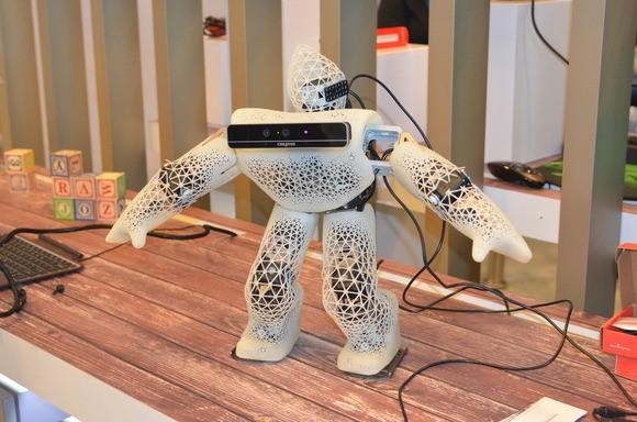 Робот с камерой RealSense