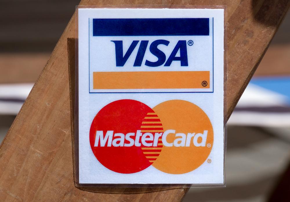 Mastercard и Visa объединяются