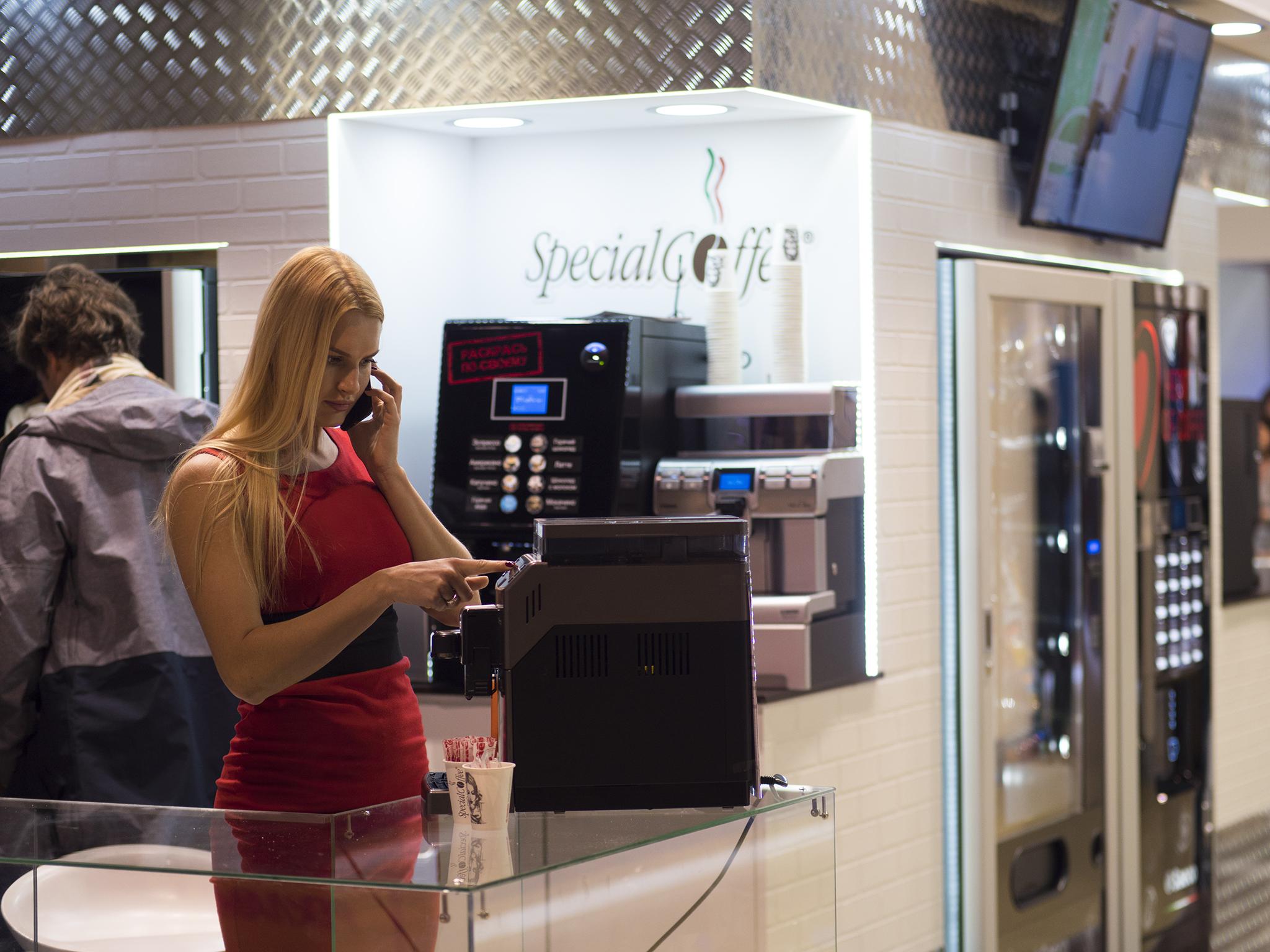 Профессиональные и Торговые Автоматы на VENDEXPO 2017