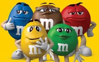 Mars запускает вендинг для продажи конфет M&M's в России