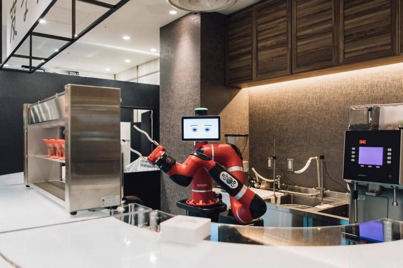 Кофейные роботы атакуют Токио