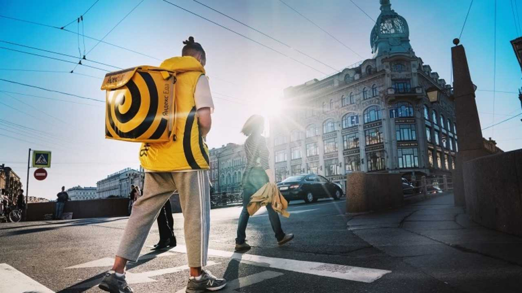 Яндекс.Еда и Delivery Club начинают доставлять кофе