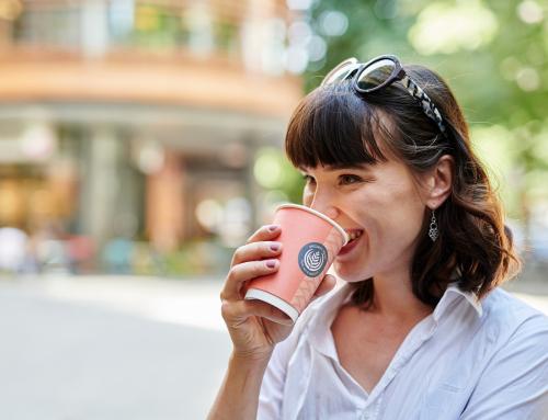 Что такое углеродный след бумажного стаканчика и как с этим жить?