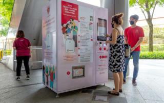 В Сингапуре появились сотни торговых автоматов для токенов TraceTogether